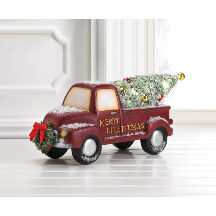 Christmas Red Truck.Light Up Red Truck With Wreath